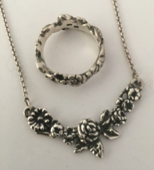 Danish Necklace & Ring Set EKH018