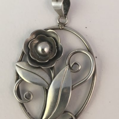 Danish Oval Pendant with Single Flower