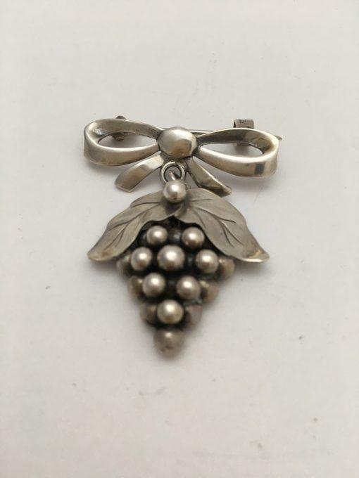COF Grape bow brooch