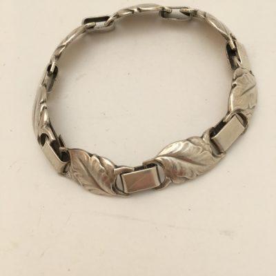 Danish E&M Bracelet