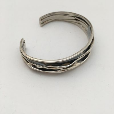 Unusual Danish crumpled bangle