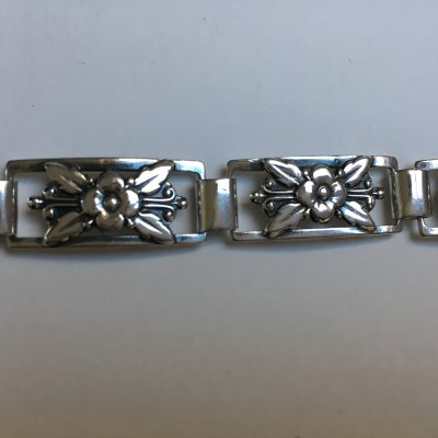 S.A.V. Danish linked floral bracelet