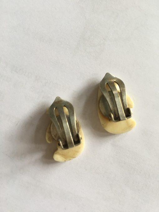 Silver daisy earrings EKH377