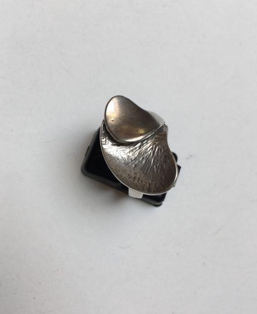 B.Hertz ring EKH438