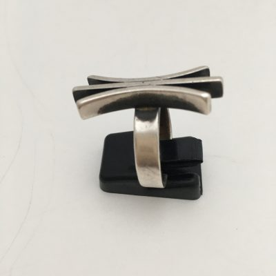 Silver Scandinavian Ring with Three Vertical Bars